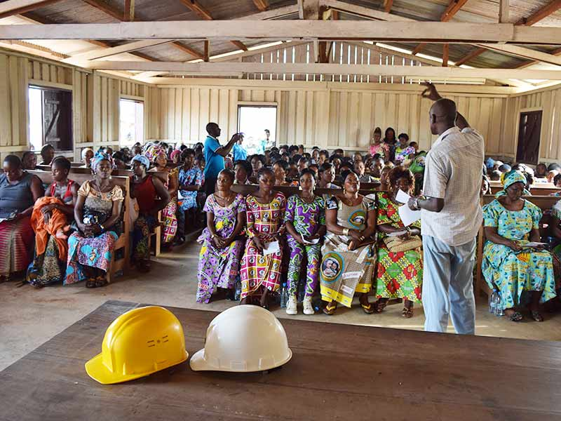 Around 120 women took part in the International Day celebration in Ngombe / © T. Baldassarri / INTERHOLCO