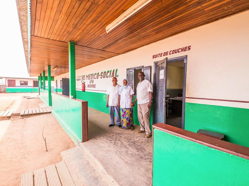 The IFO medical centre in Ngombé. Over 20 staff members including Annie Ayoko work to serve the local population. © U. Binhack / Interholco. All rights reserved.
